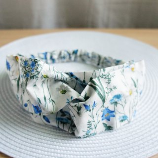 Lovely [Japan] custom-made flowers and flowers butterfly elastic hair band, hair ring [white & blue flowers] E
