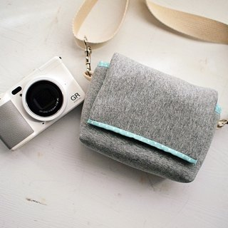hairmo plain face simple zipper camera bag (side section) - dark gray +7 water green spots