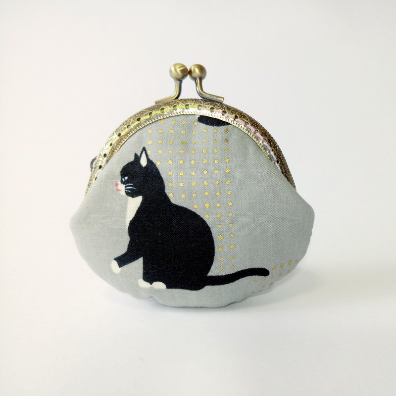 [footprint cat] mouth gold bag purse clutch bag Christmas exchange gift