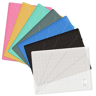 Lightweight and odorless cutting pad (A1) translucent / art professional use