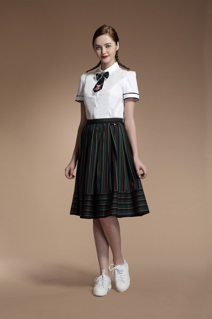 Bandage stripe and knee skirt