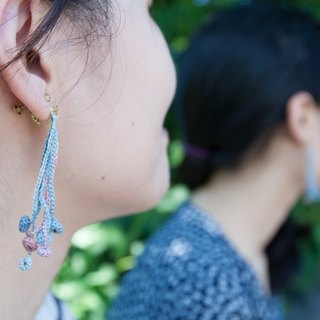 Monet's Lily crochet earring E.