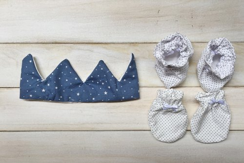MIT Handmade newborn baby boy little prince hat full moon births attached gift packaging