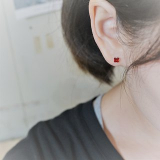 << modo zirconia ear pin - pomegranate red >> 925 sterling silver ear pin / pair (with 925 silver earrings)