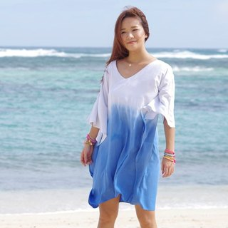 Ocean color gradation butterfly sleeve one piece dress Ocean beach