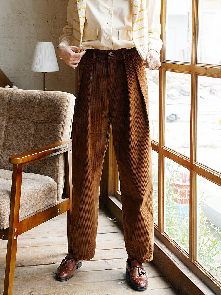 ECRU SOLI loose looking thin handsome retro brown corduroy thick tapered pants