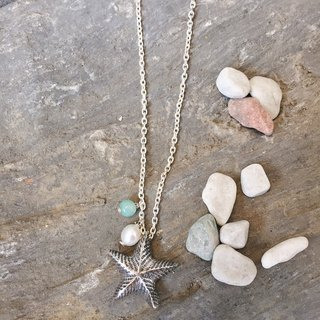 Ocean Department - Dancing Starfish Necklace