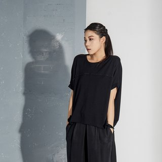 【In stock】Black silhouetted top