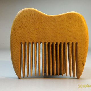 ~Old material new work ~ Taiwan red oak camel comb B