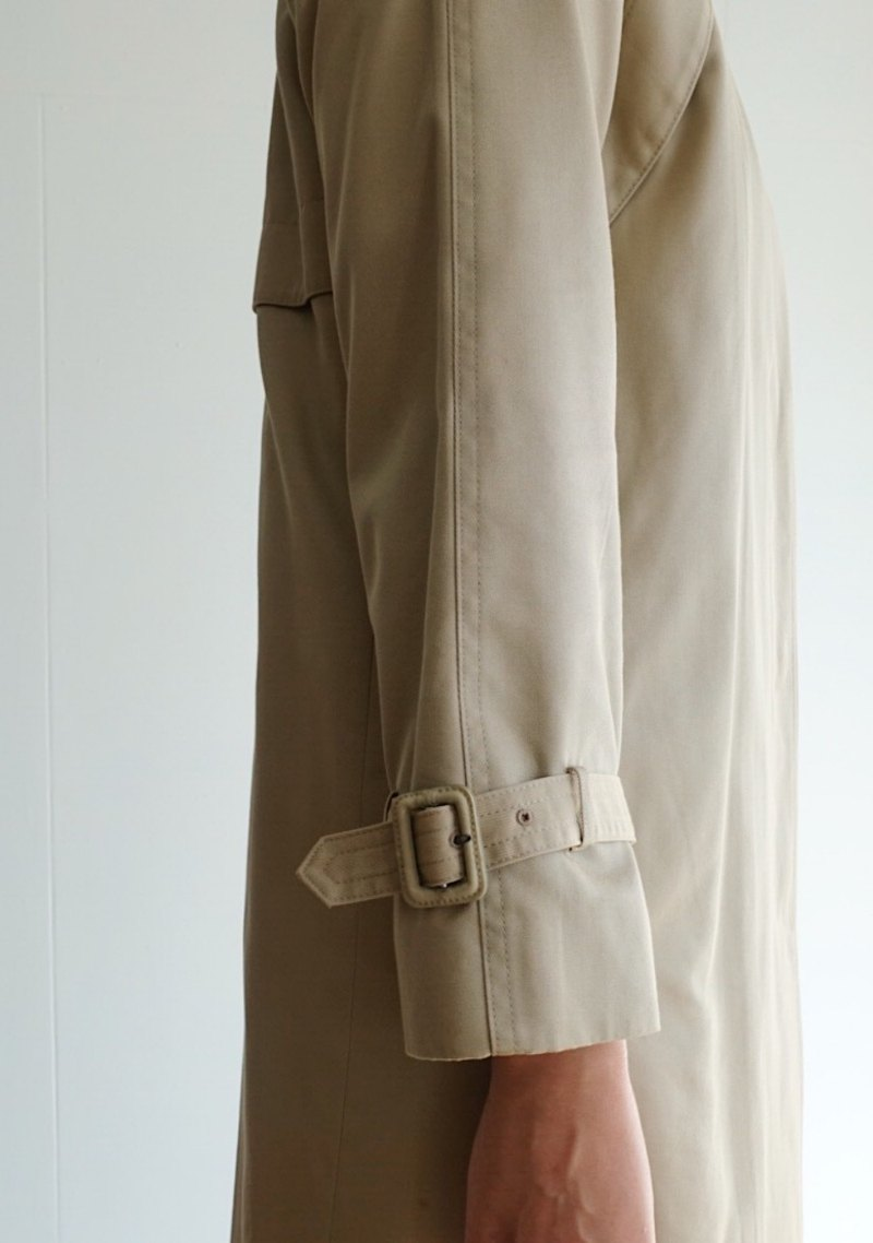 Vintage trench coat / no.10