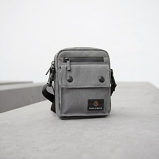 [THE DUDE] Image Lightweight Bag Waist Bag Crossbody - Grey