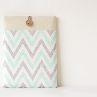 Laptop case Macbook cover PC case / Chevron light blue