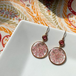 Real flower Pressed flower 18KGP earrings with Zircon