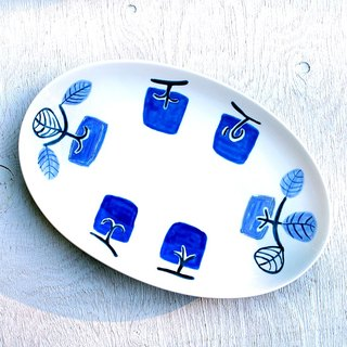 Blue persimmon pattern oval plate