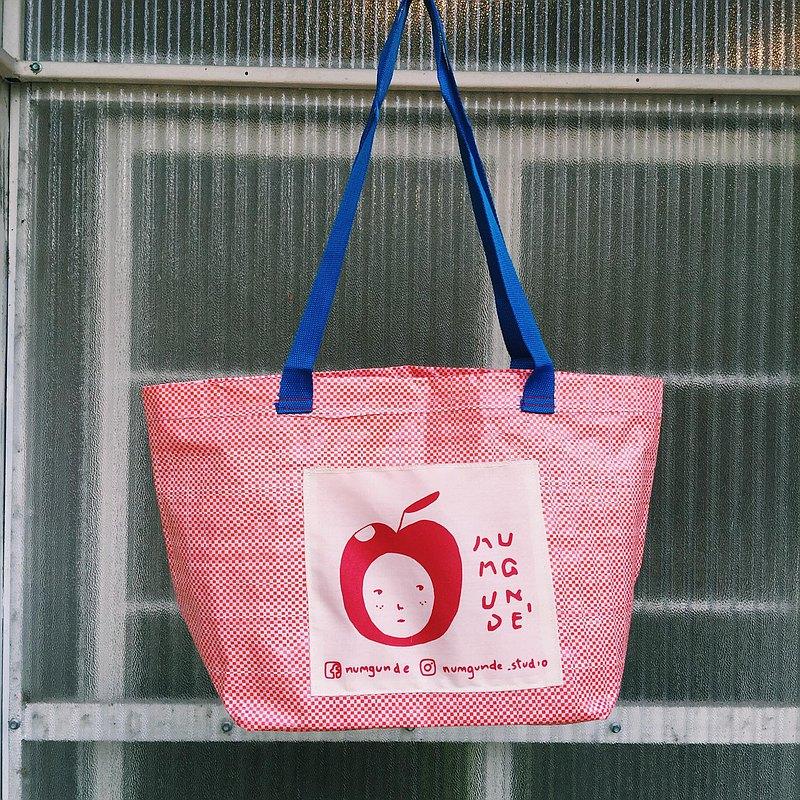 可愛的紅色購物袋/蘋果