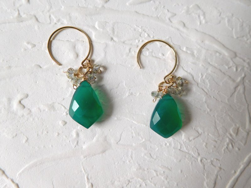 Package 14K gold small round hook chalcedony crystal earrings can change folder