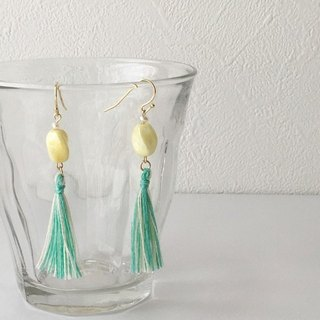 "Glittering tassel earrings earring ""Yellow & Green"""