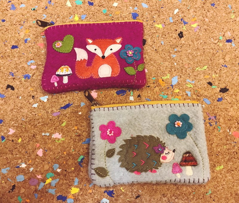 Nordic animal stitching purse 2 color fox and hedgehog