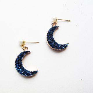 Rosy Garden blue moon earrings