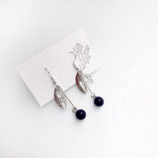 Puputraga Uesugi flower life / calm charm pick silver leaf earrings / 925 pure silver ear needle