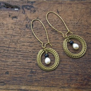 BZ 2: brass hook earrings with onyx and pearl