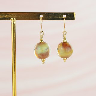This one! Strawberry cream glass beads pure silver ear hook earrings