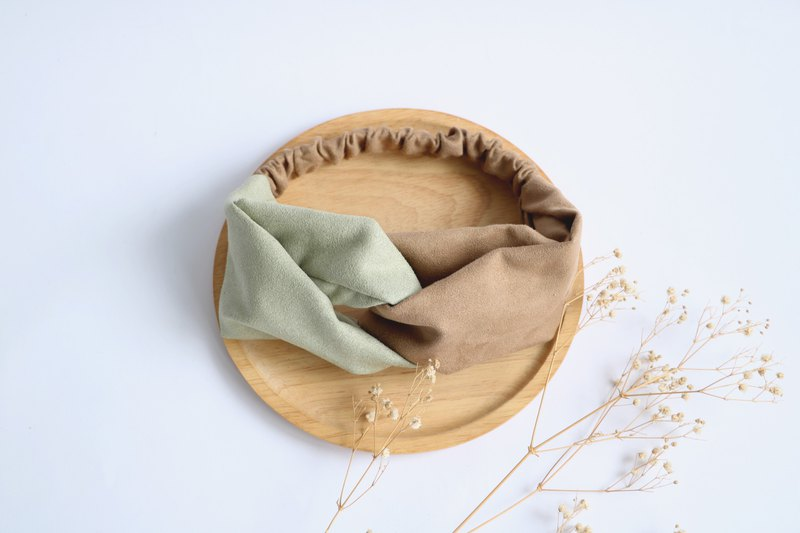 MaryWil Double Suede Hairband - Grey Green/Khaki