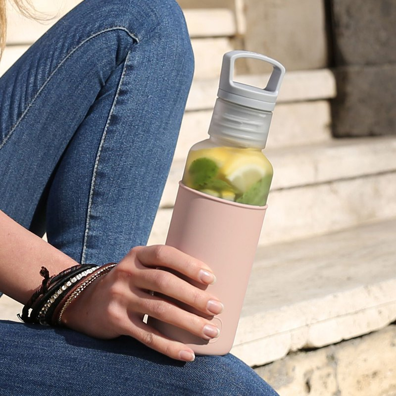 [Spring and summer new products] American HYDY light water bottle, Estiva series | fog white - latte 590ml