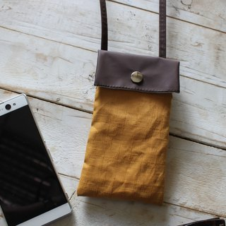 Oblique back shoulder phone bag