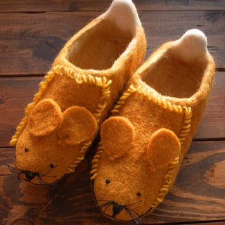 Felt  Sippers / Felted Shoes / Wool Slippers / House Shoes / Indoor shoes Lion