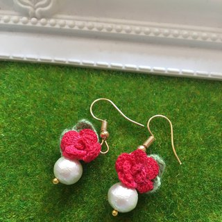 *My Fancy Handmade*crochet red rose earring
