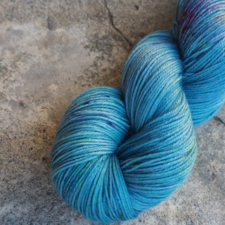 Hand dyed line. Turquoise blue (Sock yarn)