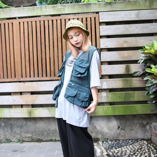 Back to Green Fisherman's vest CHI CLUB // Both men and women can wear vintage F-22