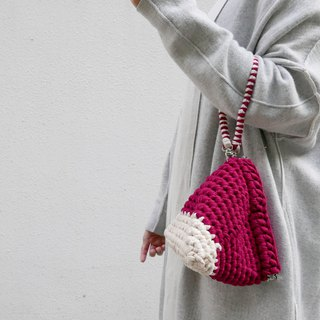 Duo Color Triangle Handbag, crochet, knit, handmade ( Red / Beige)