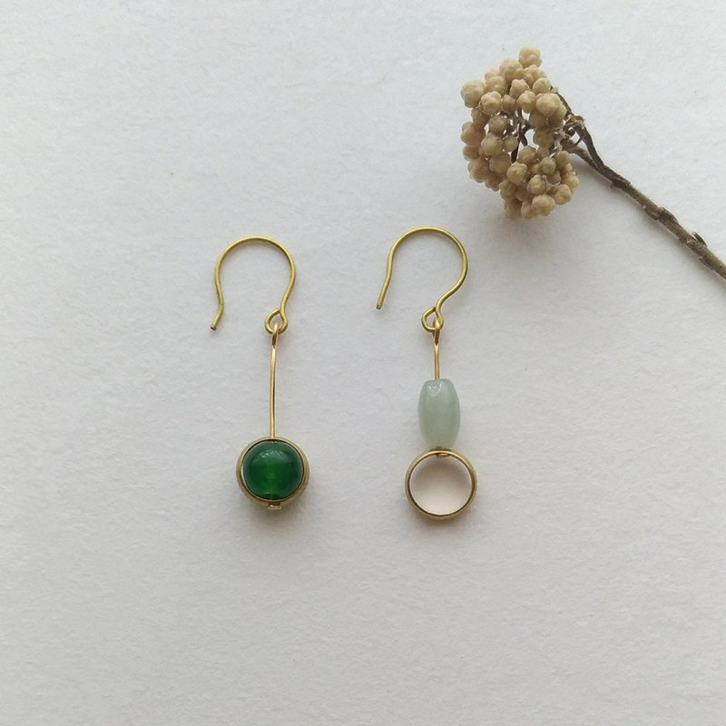E095 with - brass jade pin clip earrings