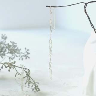 line hook earrings