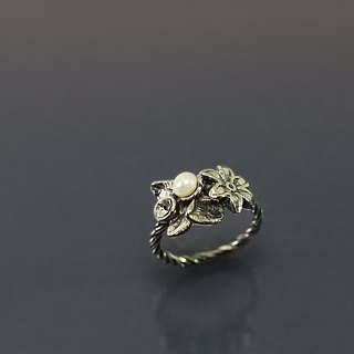 Beautiful flower 925 silver ring @