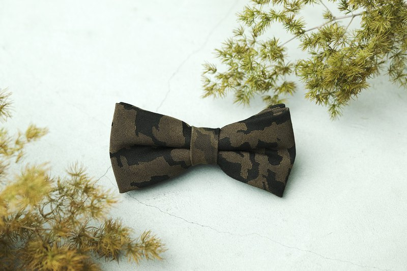 Camouflage bow tie common to most men
