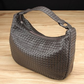 STORYLEATHER build Style 6220 woven bag