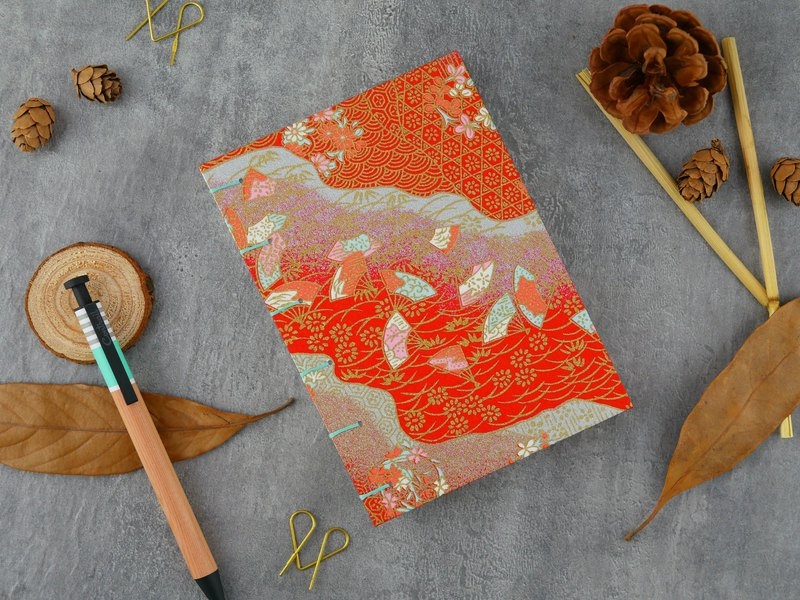 中紅花海-A6手工筆記本/手帳/日記本/相簿/日誌/禮物