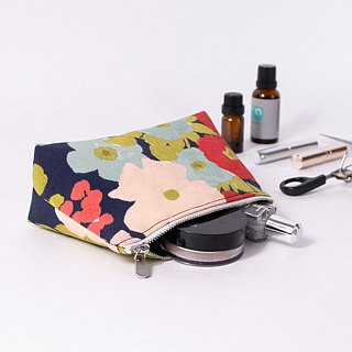 【The MAMA's Closet】Flowers / Cosmetic Bag ( Pouch )