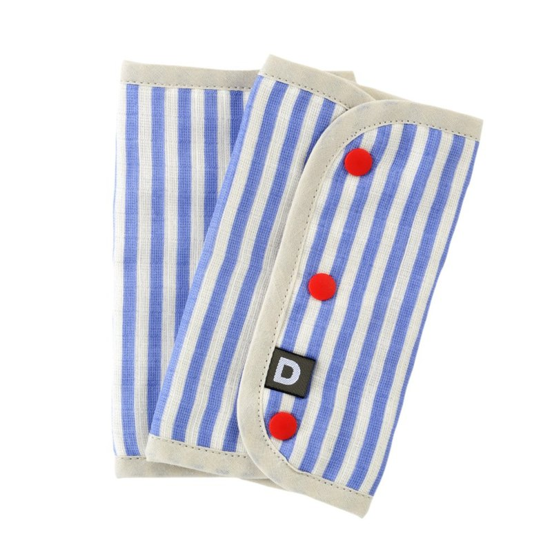 D BY DADWAY Japanese-made harness with saliva towel - blue stripes