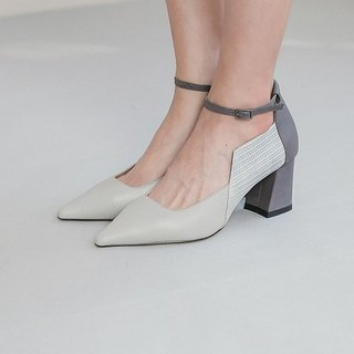 Side of the square tie with thick leather tip shoes ash