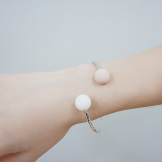 Marshmallow Ball Bangle - PINKY WHITEY