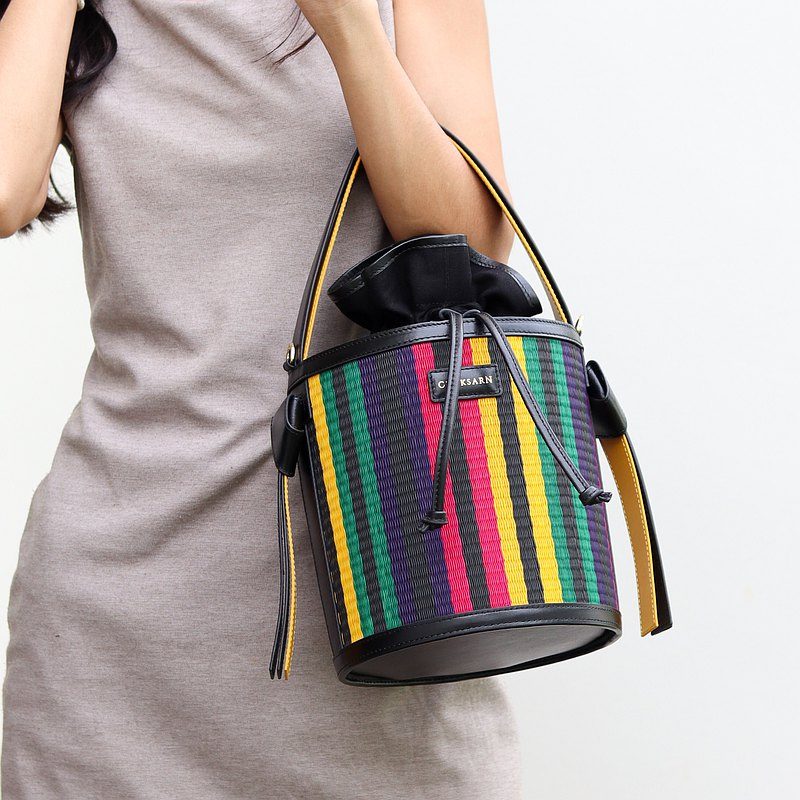 Chaksarn Bucket Bag with Drawstring Closure from Woven Straw