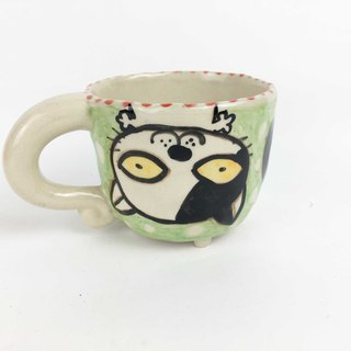 Nice Little Clay small four-legged cup upside down black and white cat 贰 0108-10