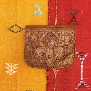 Moroccan handmade caramel color camel leather backpack Messenger bag saddle bag ethnic wind accessories