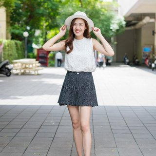 Dotty flare shorts