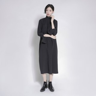 Dusk Night Stand Trumpet Sleeve Dress_7AF104_Black