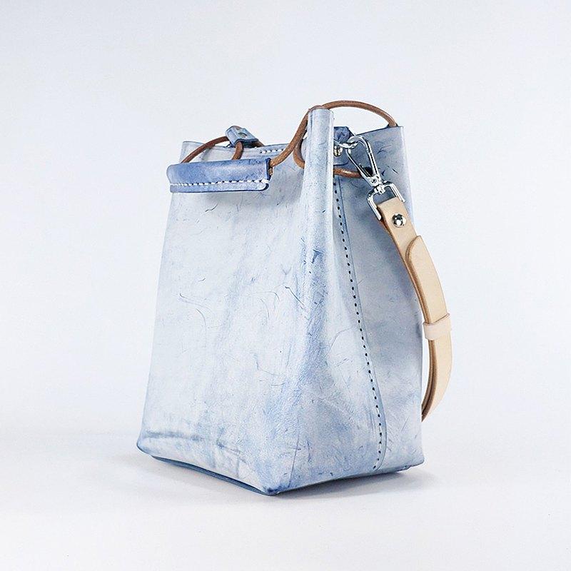 BRLIFEDESIGN復古手提包斜跨水桶包單肩包手工皮具vintage 白霧藍